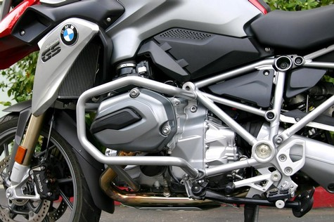 28-700, ENGINE GUARD SYSTEM (CRASH BARS), 2013 (+) R1200 GSW (WATER COOLED) SILVER METALLIC (28-700)